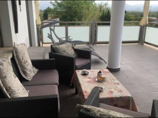 Bonito apartamento en Urb. Oliva Nova golf playa