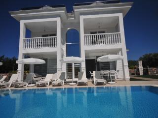 4 Bedroom all en-suite villa, Silver C, Hisaronu, Fethiye
