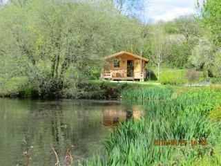 Polgwedhen Lodge.  A secluded and exclusive retreat by a private ornamental lake