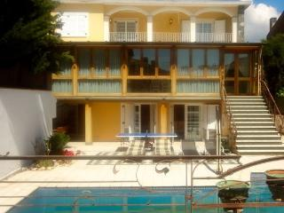 Vilassar de Mar villa for 12 guests, only 200m from the beach!