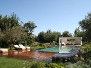 Maison en Provence piscine intérieure & extérieure, Trets