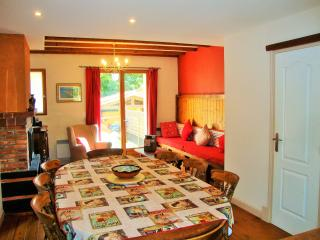 The Red House, in a village 5km from the beach, Saint-Laurent-de-la-Salanque