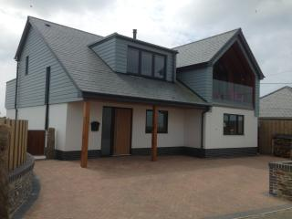The Lookout, Stunning New House, Nr Bude, Sleeps 6, Marhamchurch