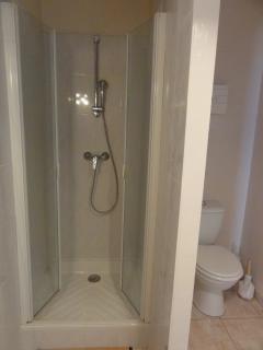 La deuxième salle de bain