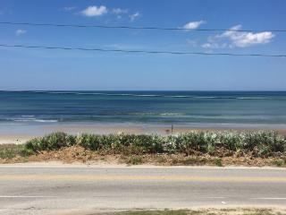 2/2.5 Beach condo is calling your name, Ormond Beach