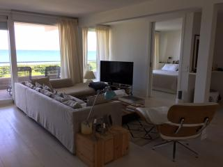 Spectacular apartment on the beach near Barcelona, Gavà