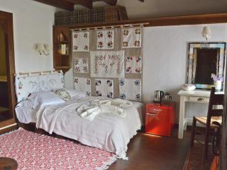 Fyloma Room No4 - Traditional Guest House, Lafkos