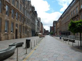 Super Glasgow City Centre Flat in Merchant City