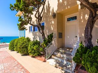 15% OFF APRIL DATES - Beachfront Bliss IV - Just steps from the beach, La Jolla