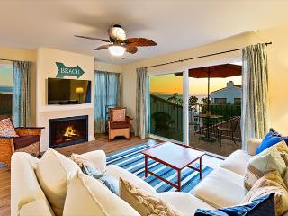 Newly Remodeled w/ Ocean View, Walk to Beach & Restaurants