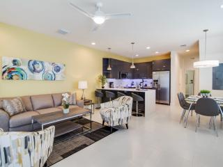 Stylish 3 Bedroom 3 Bathroom Townhome, Clermont