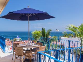 Partial Ocean View - New Unit Great Location!!, Puerto Vallarta