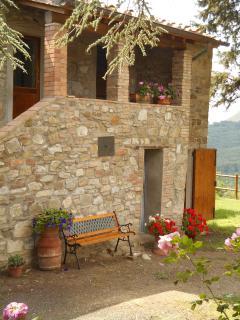scala e terrazzino esterno per accedere alla camera