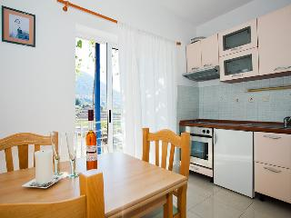 Apartments Zambarlin-Apartment Vicenca, Comisa