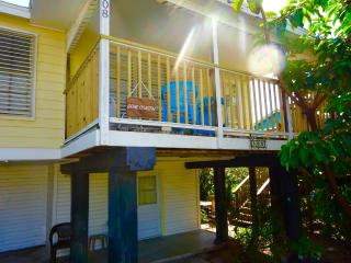 GONE COASTAL  Remodeled 3 bedroom, Port Aransas
