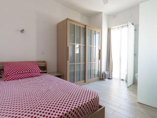 Ensuite 2nd Floor with small balcony, Sliema