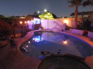 4BD POOL/Jacuzzi /Cabana/WIFI/Cable, Las Vegas