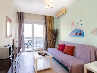 Spacious apartment WIFI 10 min from city center, Thessalonique