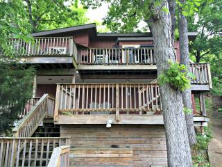Iguana Treehouse, Lake Ozark