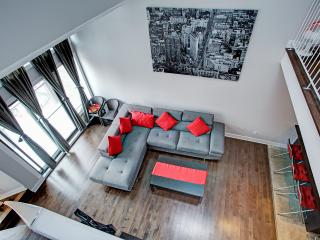 LMVR -1 Bedroom & Mezzanine near downtown Montreal