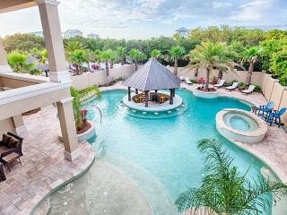 The Splash Luxury Gulf Views, Resort Lagoon Style Pool, Game Room, Elevator!