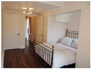 Brighton Central Two Bedroom Apartment - sleeps 4