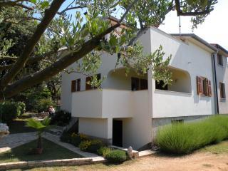 Holiday Home Mira - Betiga, Barbariga