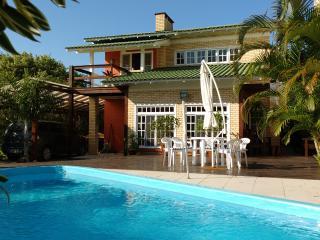 Casa com Piscina Barra de Ibiraquera