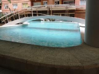 One Bedroom-1&1/2 baths-Balcony - Sleeps 3 w/Pools, Gym, Balcony, Luxury