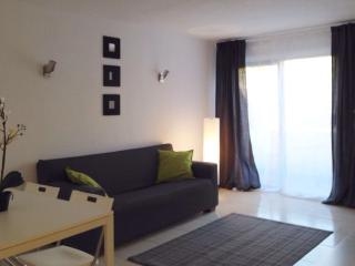 Nice 2 level apartment in Elviria for best holiday