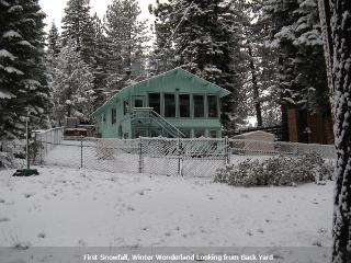 SO. Tahoe Avail for snowglobe, 3+ Bed 2 BA, Spa, Deck, Slps up to10