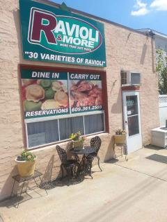 Great Casual Italian Restaurant - Walk Two Blocks