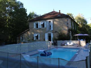Gers : Les Moulères, grande maison familiale avec piscine et parc arboré 1,3 ha