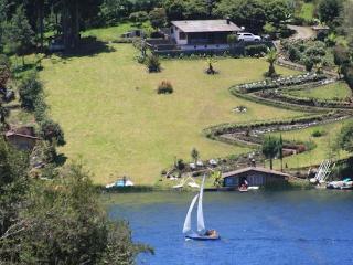 Hermosa cabaña en la Laguna de la Cocha