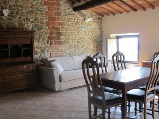 Chianti: Girolama cosy apartment with pool, Castelnuovo Berardenga