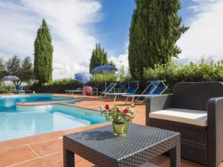 Cozy holiday flat with pool SAPPI 8