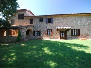 Gorgeous property for  22 guests Villabella