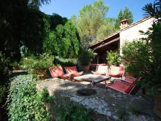 Typical villa with private pool Podere Di Stelle, Radda in Chianti