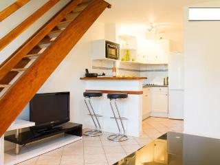 Lovely condo heart of town 4 pers, La Rochelle