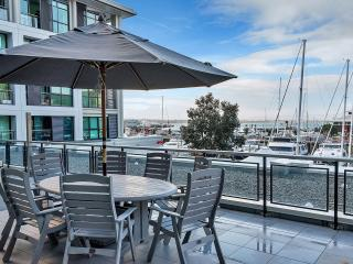 2 Bedroom  Suite with Balcony in Princes Wharf, Auckland