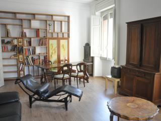 Grande appartamento Roma Colosseo (Sara), Rome