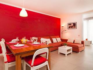 Zen Apartment in El Raval, Barcelona