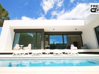 Moderna villa con piscina y jardín privado, L'Escala