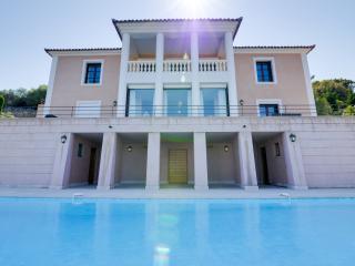 Stylish villa with a sea view, Calvi