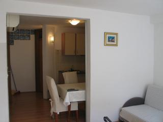 HOUSE  MIME (CENTAR), Vodice