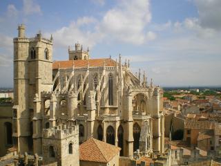 T2 en plein centre historique de Narbonne