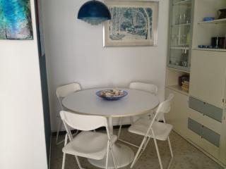 zona pranzo in soggiorno