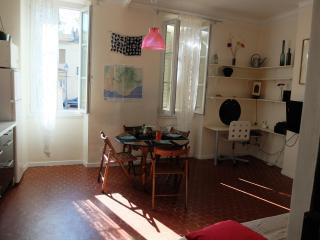Appartement 2 chambres au Panier Place des Moulins