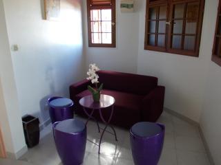 Appartement T4 Refait à neuf 1er Etage d'une Villa
