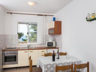 Apartments Villa Dingac-One Bedroom Apartment No.2, Potomje